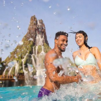 Splash, Stay and Play Vacation Package at Rosen Inn International